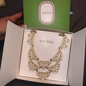 Stella & Dot -Frances Pearl Necklace